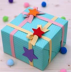 Интересная упаковка детского подарка на день рождения 34