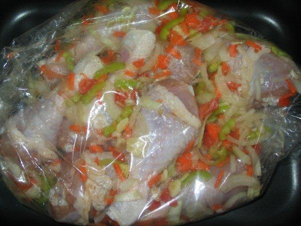 Целая курица в духовке в пакете для запекания рецепт пошагово 150