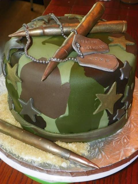 Торт мастика военному